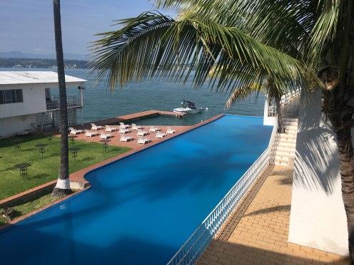 Tequesquitengo-Hotel-Casino-AV28