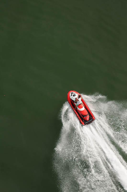 Renta de motos acuáticas para paseos en el lago de Tequesquitengo. Embarcaciones nuevas y potentes para pasear por la ribera del mar de Morelos
