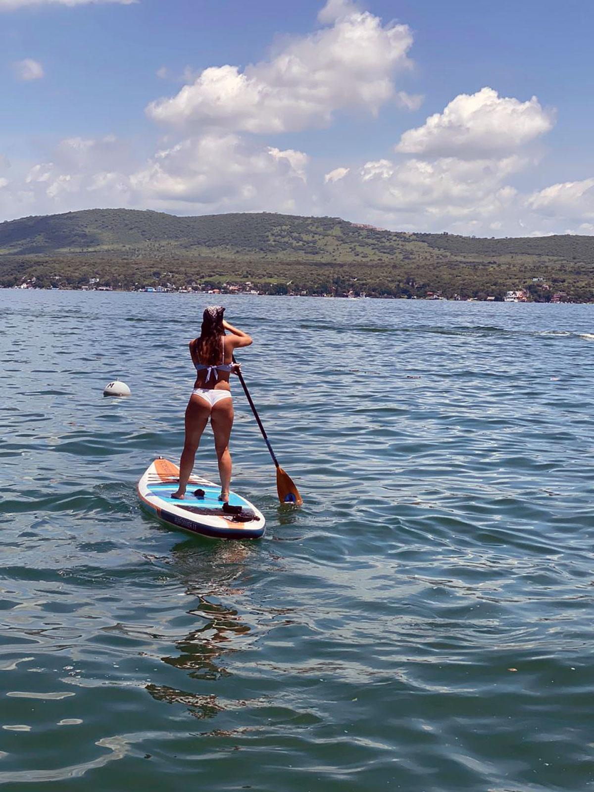 Renta de tablas de paddle board, kayaks, donas y motos acuáticas en el lago de Tequesquitengo, Morelos; México.